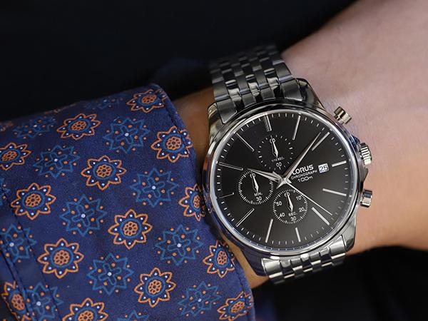 Zegarek ze stali, tytanu, czy ceramiki? Wybierz najlepszy materiał dla siebie!